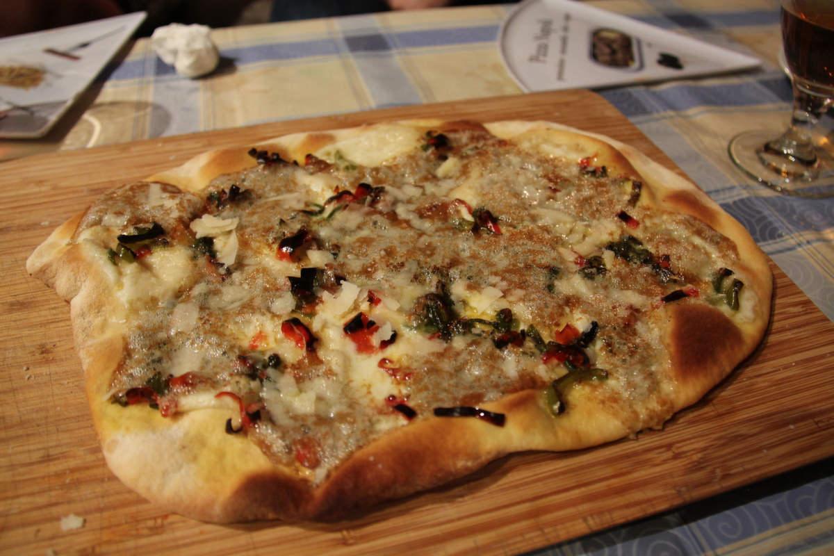 pizza_de_queso_de_valdeón__2