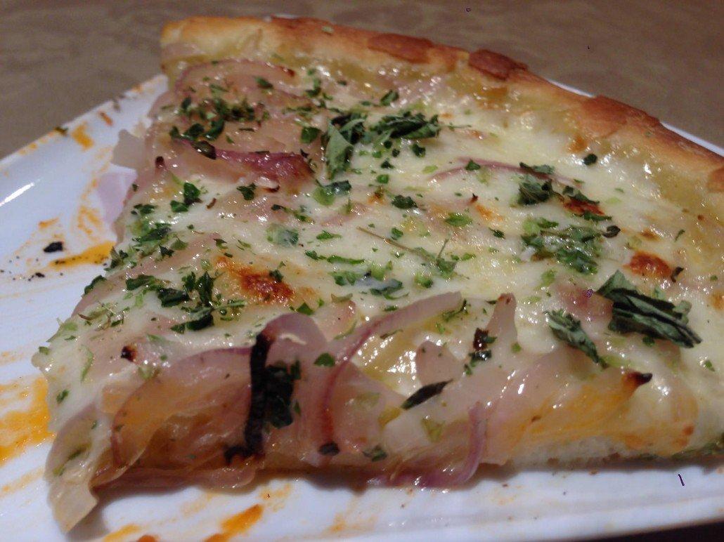 Pizza fugazza con queso