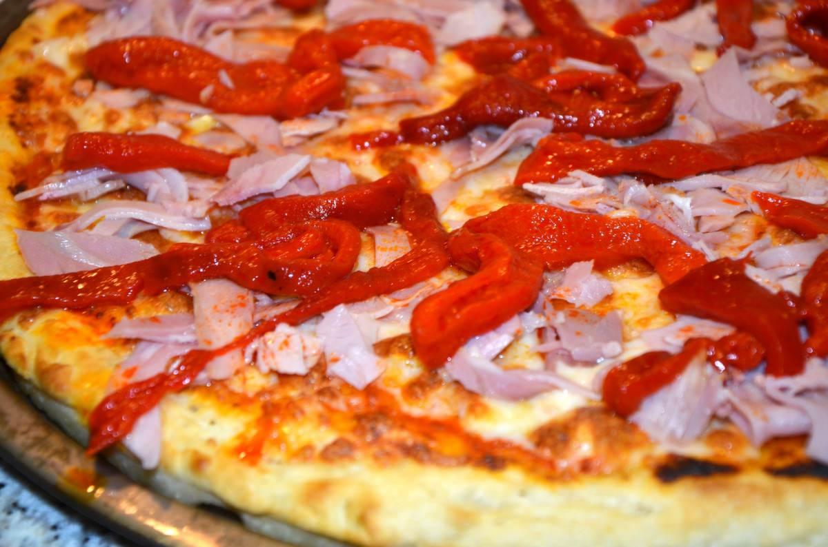 pizza_de_jamón_y_morrones_3
