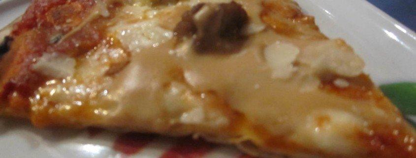 Pizza de albóndigas (1)