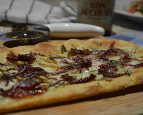 Pizza de cecina y setas