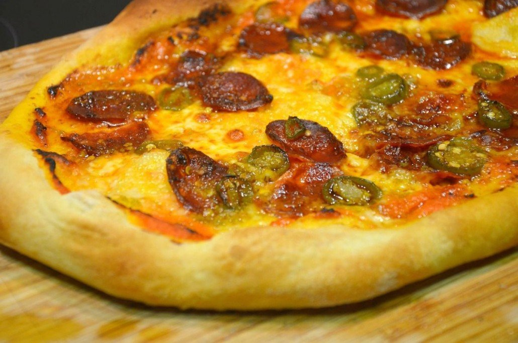 Pizza mexicana - Pizza de chorizo y jalapeño